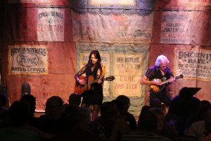 JILLIAN KOHR LIVE AT HER SOLD OUT SHOW - PUCKETT'S DOWNTOWN COLUMBIA  - COLUMBIA, TN 03/23/14   #PACKEDHOUSE #JILLIANKOHRMUSIC